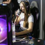 Remarkable Professional Gamer Woman Jules Bish